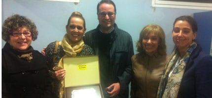 Representates de Cáritas con Mª Carmen Castro, la ganadora