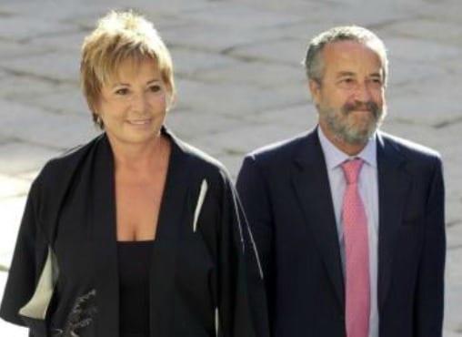 Pedro-Arriola-y-Celia-Villaobos-FOTO-EFE