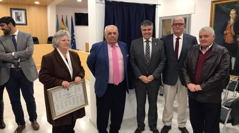 Los 40 años de Ayuntamientos democráticos estarán presenten mediante una placa en el salón de plenos