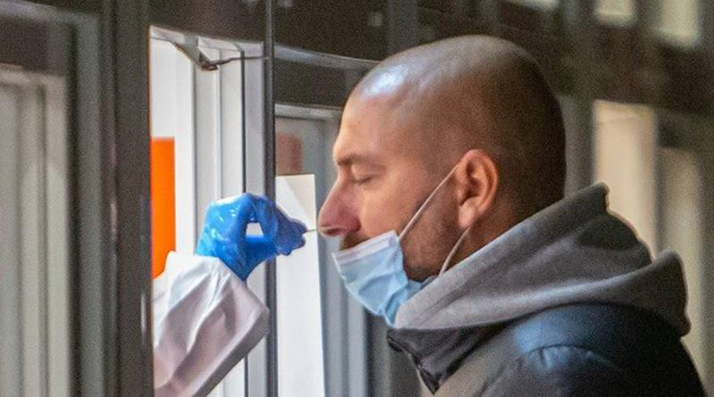 8 camiones itinerantes realizarán 4.000 test de antígenos diarios en Andalucía