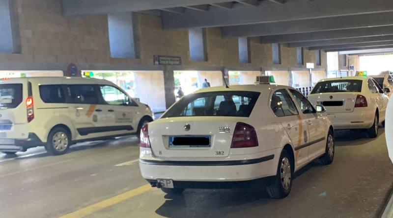 La Federación Andaluza del Taxi calcula que más de 3.000 taxistas se podrían acoger a las ayudas de la Junta